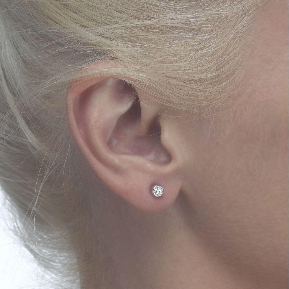 Girl's Jewelry   Gold Stud Earrings -  Circle of Splendor - Small