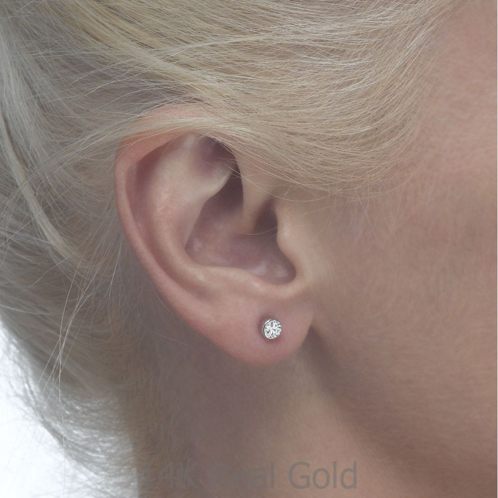 Girl's Jewelry | Gold Stud Earrings -  Circle of Splendor - Small