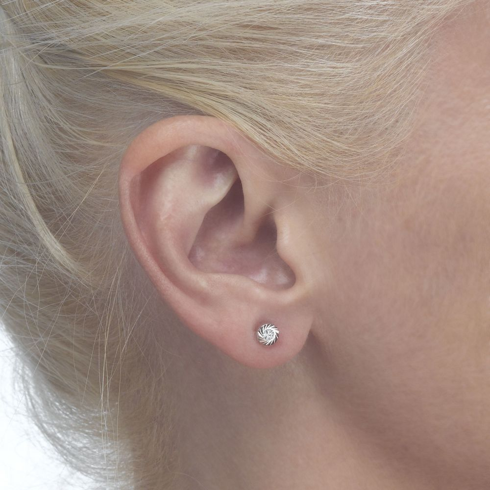 Girl's Jewelry | Gold Stud Earrings -  Katia Circle
