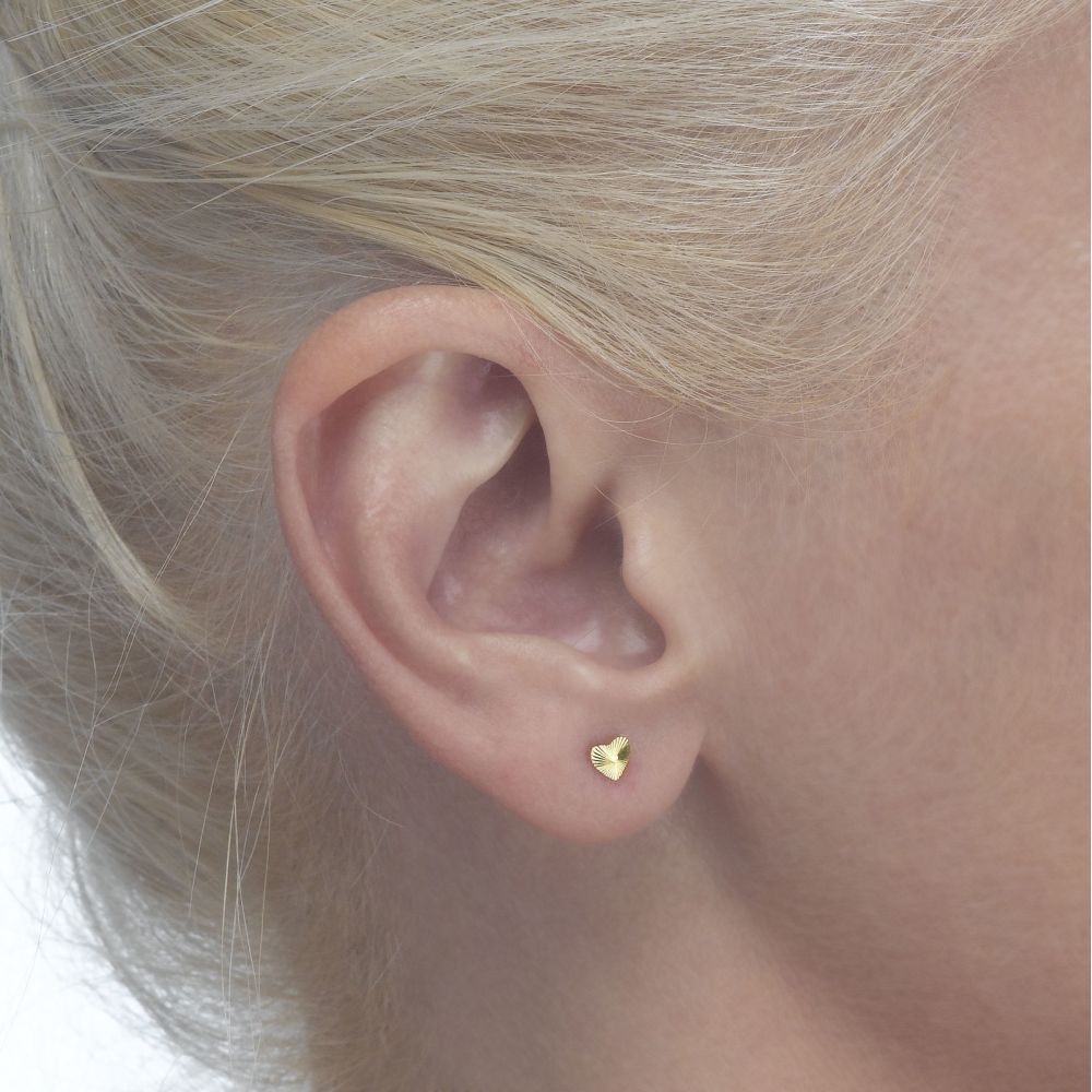 Girl's Jewelry | 14K Yellow Gold Kid's Stud Earrings - Noted Heart - Small