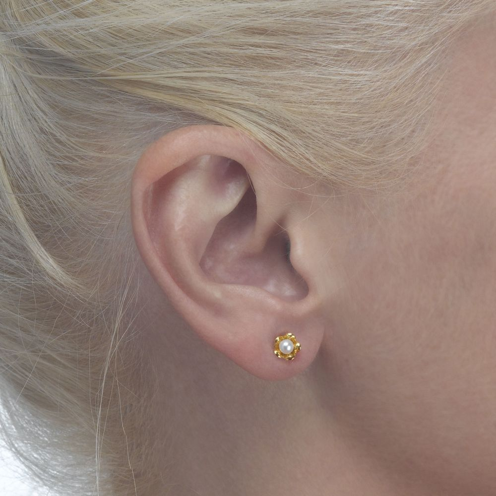 Girl's Jewelry | 14K Yellow Gold Kid's Stud Earrings - Pearl & Flower