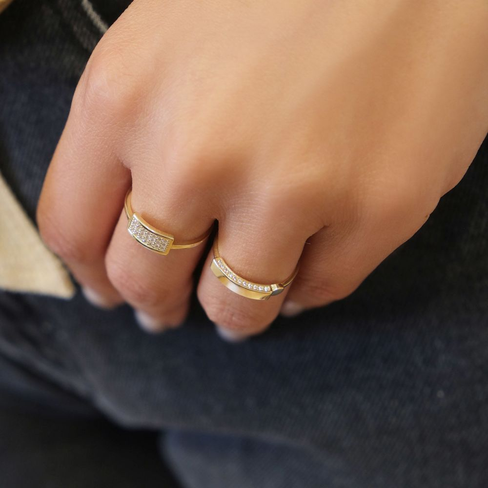 Women's Gold Jewelry | 14K Yellow Gold Rings - Shimmering seal