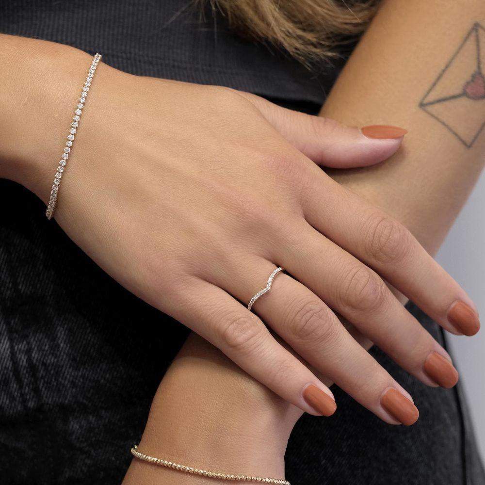 Diamond Jewelry | 14K Yellow Gold Diamond Ring -  Shimmering V
