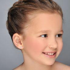 14K White Gold Kid's Stud Earrings - Sparkling Chick