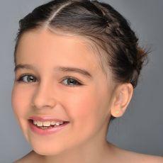 14K Yellow Gold Kid's Stud Earrings - Sparkling Star - Delicate