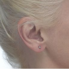 Stud Earrings in 14K White Gold - Classic Circle - Small