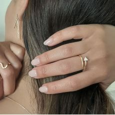 14K Yellow Gold Rings - Shimmering arrow